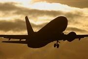 Eurofly будет летать из Неаполя в Москву // Airliners.net