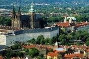 Владельцев отелей привлекает исторический центр Праги. // /adm.ru