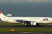 Самолет авиакомпании JAL // Airliners.net