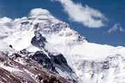Высота Эвереста - 8 846 метров. // mountain.ru