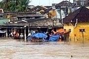 Центральный Вьетнам затоплен. // AP