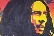 Портрет Боба Марли нанесли поверх фрески. // hpbimg.pepi-apart.com