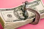 В Туркмении разрешено менять доллары. // GettyImages