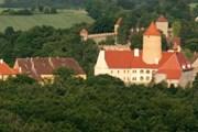 Замок Вевержи ждет туристов. // let-balonem.cz