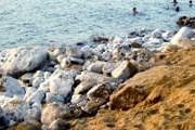 Уровень Мертвого моря - все ниже и ниже. // Travel.ru