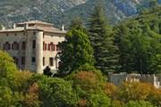 Туристов пустят на территорию замка. // Google.com