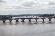 Эйфелев мост – достопримечательность Бордо. // z.about.com