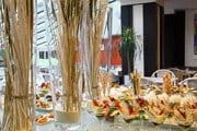 Парижский ресторан предлагает и хлеб, и зрелище. // restaurant-justine.com