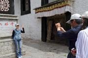 В ноябре Лхасу посетило на 4,6% меньше туристов. // Жэньминь Жибао