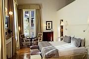 Отель расположен в историческом здании. // relaisantacroce.com