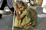 Почти половина бангладешцев живут менее чем на доллар в день. // AFP