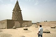 Гробница пророка Иезекииля // bokertov.typepad.com