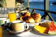 Курортные кафе работают пока без прибыли. // GettyImages