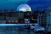"""""""Глобус"""" ночью // globearenas.se"""