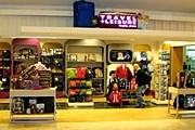Магазин Travel+Leisure в аэропорту Ванкувера // travelandleisure.com