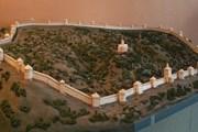 Модель средневековой крепости Смоленска // Wikipedia