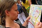 Путеводители содержат карты туристических маршрутов. // flickr.com / michelhrv