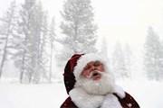 Консульства отмечают зимние праздники в разные дни. // GettyImages