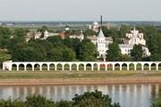 170 тысяч туристов побывало в Новгороде в 2009 году. // Wikipedia