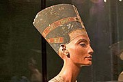 Бюст Нефертити – жемчужина Нового музея в Берлине. // Jonathan Himoff