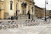 В Варшаве оборудуют 105 станций проката велосипедов. // zw.com.pl