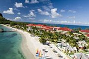 Курортный отель Sandals Grande St. Lucian Spa & Beach Resort // breakingtravelnews.com