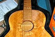 Гитара из шведских спичек звучит как настоящая. // knihovnahk.cz