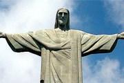 Почти полгода статуя была скрыта за лесами. // Travel.ru