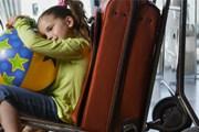 Закон не запрещает детям путешествовать самостоятельно. // cookiemag.com