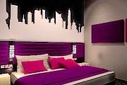 Cosmo Fashion Hotel ориентирован на ценителей высокой моды. // laterooms.com