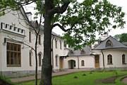 Фермерский дворец построен в 1831 году. // allross.ru