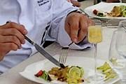 Посетители смогут попробовать специально приготовленные к фестивалю блюда. // mmlodz.pl / Marcin Bałczewski
