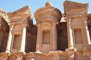 Петра - самый посещаемый памятник Иордании. // Travel.ru