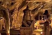 Протяженность подземных лабиринтов составляет 300 километров. // planetware.com
