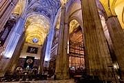 Пользователи могут совершить виртуальную экскурсию по собору. // sevillaen360.es