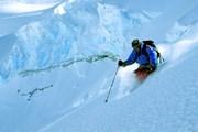 Хели-ски - развлечение для экстремалов. // heliskiingreview.com
