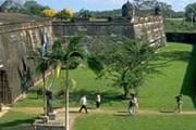 Крепость посещают тысячи туристов ежегодно. // latribuna.hn