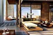 Номера отеля будут выполнены в минималистическом стиле. // nobuhospitality.com