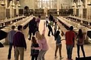 Студийные декорации станут частью экспозиции музея. // independent.co.uk