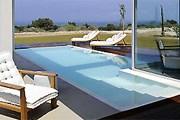 Отель предлагает 28 вилл с бассейнами. // sofitel.com
