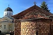 Туристы могут совершить экскурсию по монастырям в окрестностях Софии. // gallery.guide-bulgaria.com