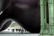 Инсталляция переворачивает представления посетителей о визуальном искусстве. // culture.france2.fr