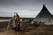 Путешественников интересует этнография. // guardian.co.uk
