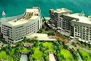 Дизайн отеля сочетает современный стиль и восточные традиции. // rixos.com