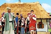 Сорочинская ярмарка привлекает туристов. // yarmarok.poltava.ua