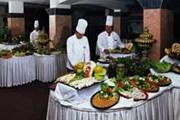 Отель нередко выставляет самые дешевые продукты и напитки. // tourboxantalya.com