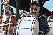 В парадах участвуют тысячи людей. // luzern.com