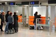 Поездки за рубеж стали привычным делом. // euobserver.com