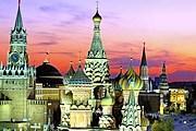 Красная площадь и Кремль закрыты для посетителей. // wallpapersbuzz.com