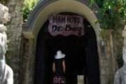 Погреб построен в необычном для Вьетнама стиле. // Vietnam Times